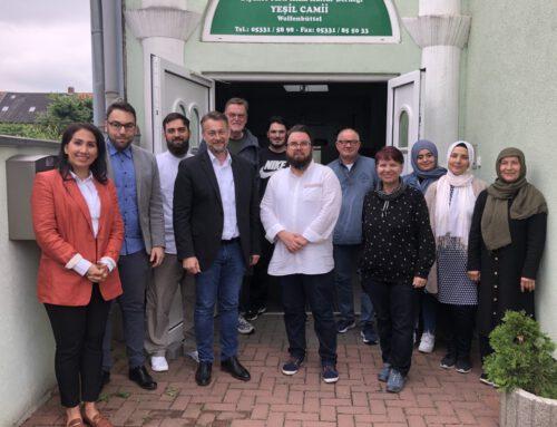 BUW und Ivica Lukanic besuchen Türkisch Islamische Gemeinde